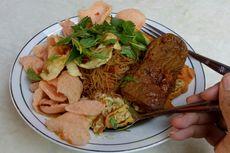 Menikmati Nasi Ulam yang Mulai Langka di Jakarta