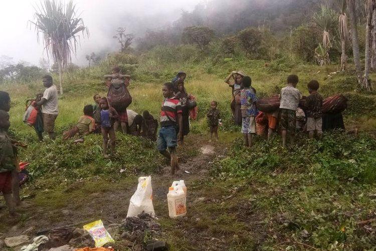 Tentara Pembebasan Nasional Papua Barat, Organisasi Papua Merdeka (TPNB-OPM) menyebut banyaknya pengungsi dan korban yang berjatuhan adalah sebagai risiko dari perang