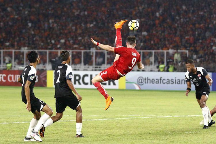 Home United saat melawan Persija Jakarta dalam leg kedua babak semifinal zona ASEAN Piala AFC 2018 di Stadion Utama Gelora Bung Karno, Jakarta, Selasa (15/5/2018).