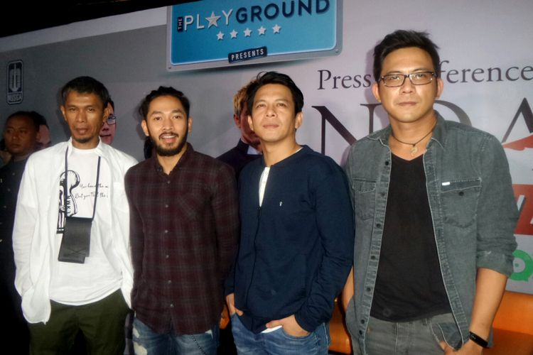 Grup band NOAH saat jumpa pers konser Road To New Album di Badung Cafe, Bandung, Jawa Barat, Kamis (14/9/2017).
