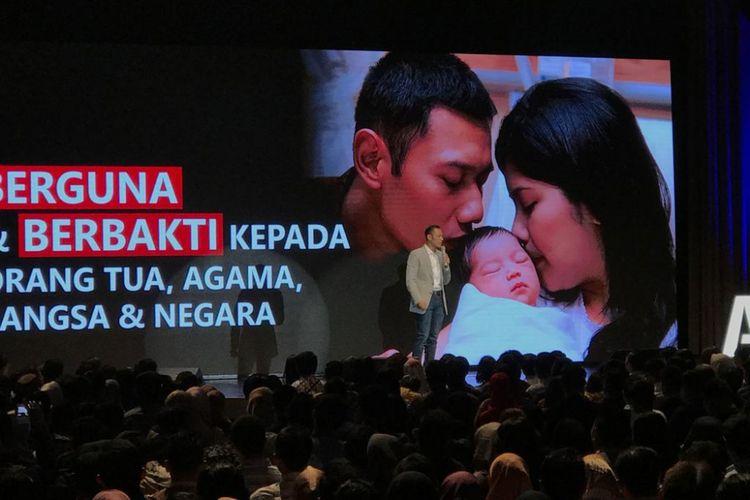 Komandan Satuan Tugas Bersama (Kogasma) Partai Demokrat Agus Harimurti Yudhoyono (AHY) saat melalukan orasi di XXI Ballroom Djakarta Theater, Jakarta, Jumat (3/8/2018)