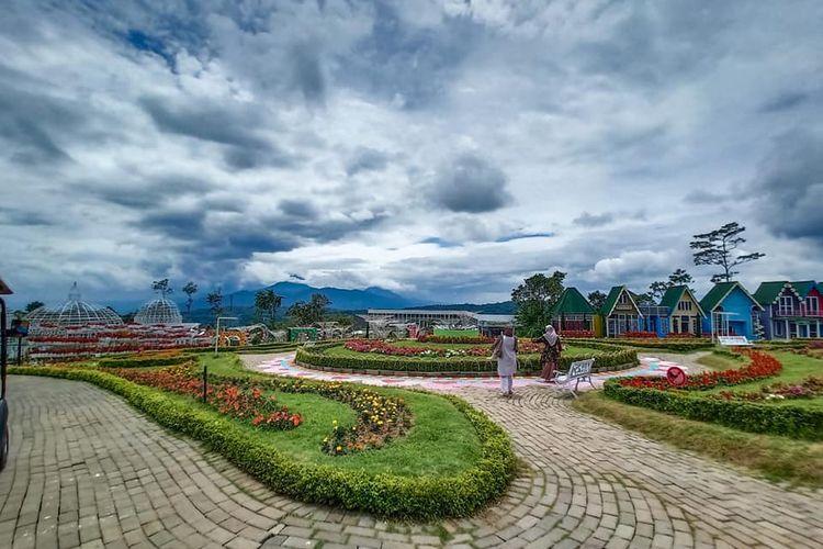 Tempat wisata bernama Taman Bunga Celosia di Kabupaten Semarang, Jawa Tengah (dok. Facebook Taman Bunga Celosia).