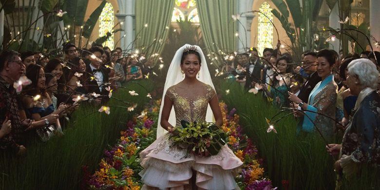 Artis peran Constance Wu dalam film Crazy Rich Asians arahan sutradara Jon M Chu.
