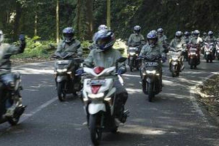 Melanjutkan perjalanan pada etape ke-7 Jember-Denpasar.