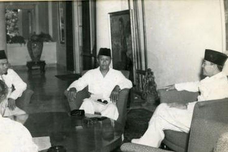 Perundingan Antara Presiden Soekarno dengan Pimpinan Masyumi, membicarakan Tentang Pembentukan Kabinet 23 Maret 1951