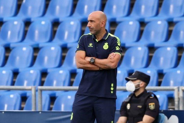 Abelardo Fernandez dipecat dari kursi kepelatihan Espanyol.