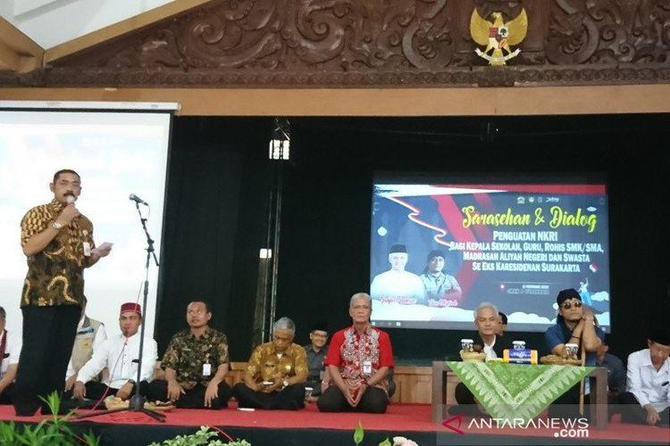 Sosialisasi terkait penguatan nilai-nilai kebangsaan oleh Pemerintah Provinsi Jawa Tengah dengan Pemkot Surakarta di SMKN 8 Surakarta.