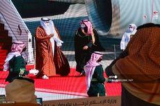 Emir Qatar Hadiri KTT Arab Teluk, Disambut Pelukan Putra Mahkota Saudi