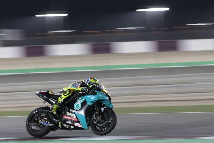 Valentino Rossi saat sesi tes di Sirkuit Losail, Qatar, jelang MotoGP 2021