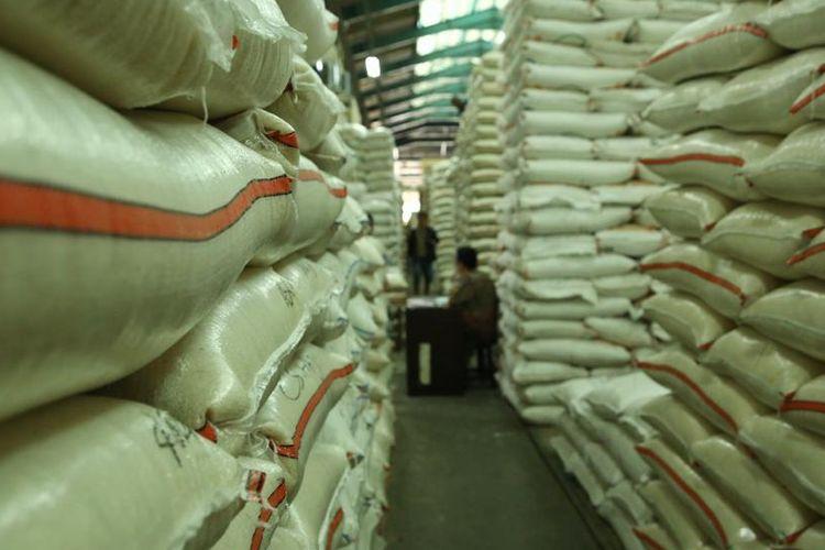 Kementerian Pertanian (Kementan) mencatat, produksi beras Indonesia dalam kurun waktu 2015-2019 berhasil menghasilkan stok di Bulog sebanyak 2,5 juta ton.