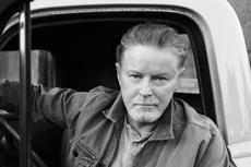 Lirik dan Chord Lagu Waiting Tables - Don Henley
