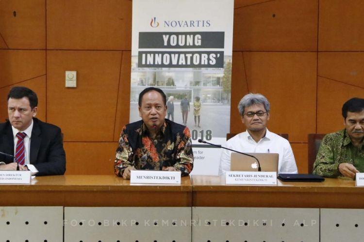 Menristekdikti dalam sambutan peresmian Program Novartis Young Innovators? Camp (NYIC) di Gedung Kemenristekdikti di Jakarta (6/11/2018).
