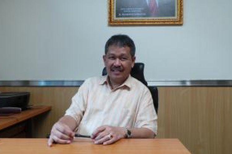 Anggota Komisi D dan Banggar DPRD DKI Jakarta dari Fraksi Partai Gerindra, Prabowo Soenirman, saat ditemui di ruang kerjanya di Gedung DPRD DKI Jakarta.