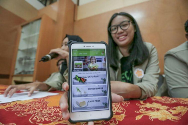 Aplikasi OkeSayur yang menjadi juara 1 Gemastik 2018, saat ini sudah bisa diunduh secara gratis di PlayStore dan melayani wilayah Jateng dan DIY.