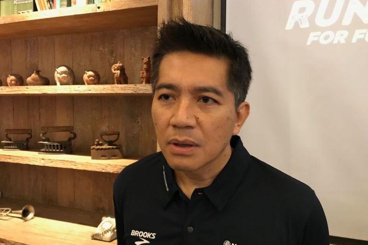 Presiden Direktur PT Bank Maybank Indonesia Tbk Taswin Zakaria saat menggelar konferensi pers perhelatan Maybank Bali Marathon 2018 di Tanjung Benoa, Bali, Sabtu (8/9/2018).