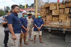 Polisi Gagalkan 2 Truk Pembawa Kayu Ilegal ke Kalimantan Selatan