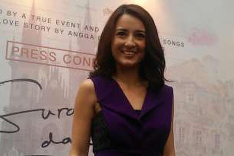 Julie Estelle di XXI Epicentrum, Jakarta Selatan, Senin (25/1/2016).