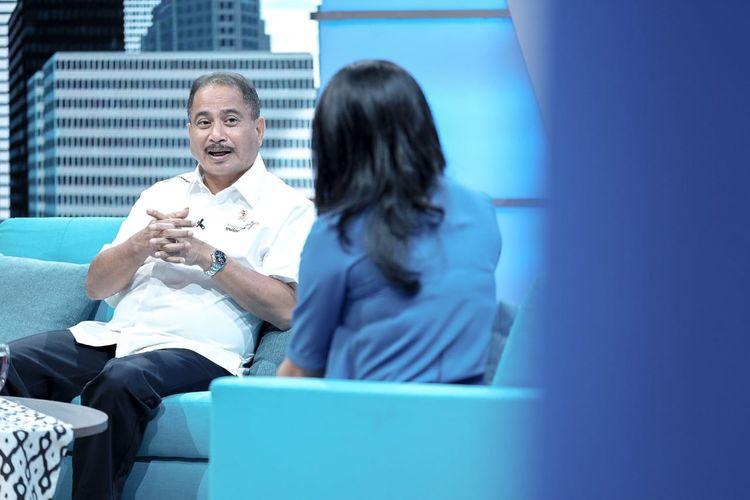 Menteri Pariwisata (Menpar) Arief Yahya saat taping program acara talkshow ?Zona Inspirasi? di Studio 1 Menara Kompas yang dipandu oleh Permata Sari Harahap sebagai host, Senin (29/4/2019).