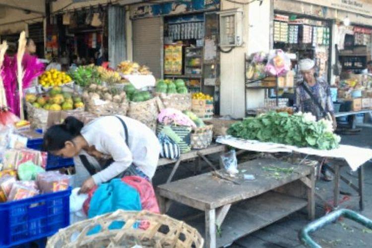 Pasar Kreneng, Denpasar. apa itu deflasi, arti deflasi, deflasi adalah
