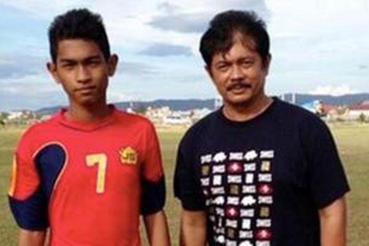 Indra Sjafri bersama Martunis saat menyeleksi untuk timnas U-19 pada 2013 lalu.