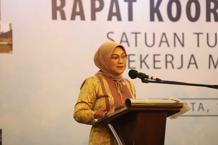 Menaker Ida Fauziah saat membuka Rapat Koordinasi Nasional (Rakornas) Satuan Tugas Pelindungan Pekerja Migran Indonesia Tahun 2020 di Jakarta, Kamis (19/11/2020).