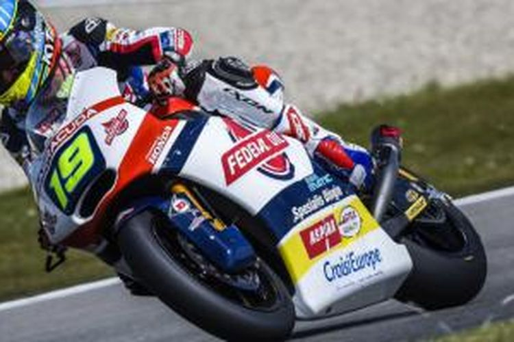 Xavier Simeon dari tim Federal Oil Gresini Racing pada GP Belanda di Sirkut Assen.