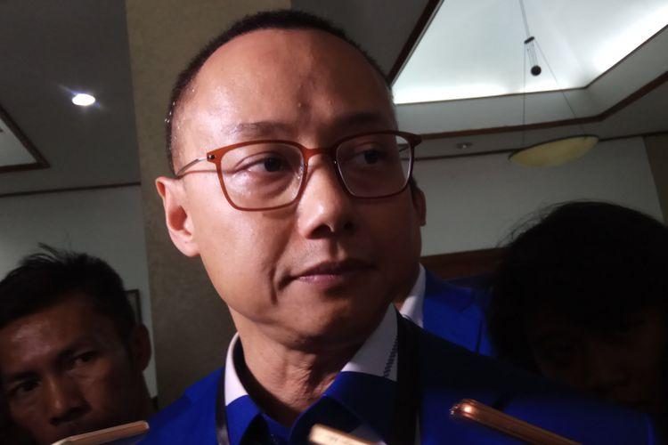 Sekretaris Jenderal DPP Partai Amanat Nasional (PAN) Eddy Soeparno saat Ditemui di KPU RI, Jakarta, Jumat (13/10/2017).