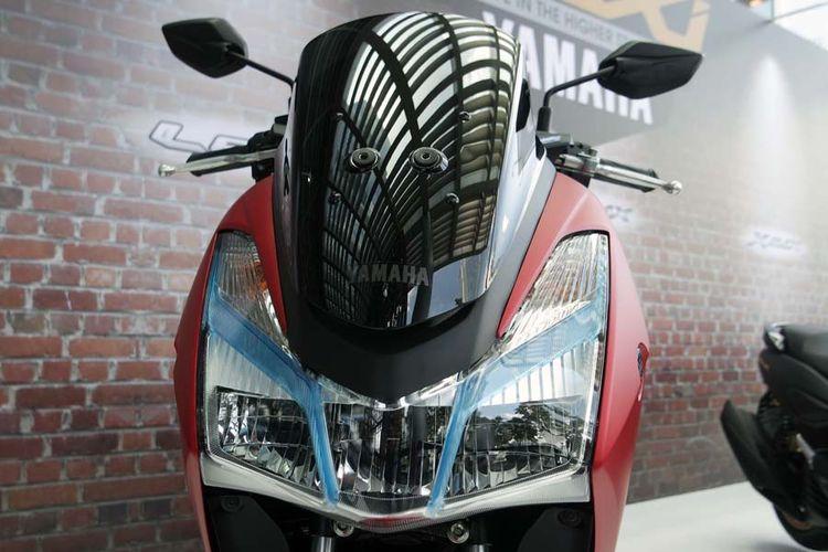 Yamaha Lexi 125 menggunakan lampu depan LED.