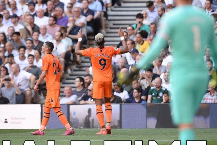 Joelinton merayakan golnya pada pertandingan Tottenham Hotspur vs Newcastle United dalam pekan ke-3 Liga Inggris, 25 Agustus 2019.