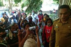 Protes ke Bupati Sikka, Ibu-ibu: Kami Miskin Tidak Dapat Bantuan, Kami Lapar, Pak