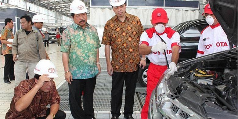 Bengkel bodi dan cat Auto2000 Medan Amplas saat diresmikan pada 2011.