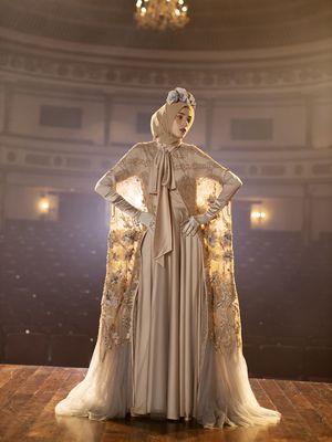 Koleksi Beatrix dari desainer Ayu Dyah Andari.