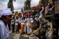 Etika dan Informasi Penting Sebelum Masuk Pura di Bali