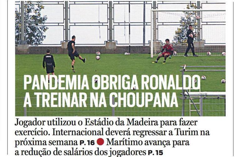 Cristiano Ronaldo berlatih di Stadion Madeira pada saat menjalani karantina mandiri.