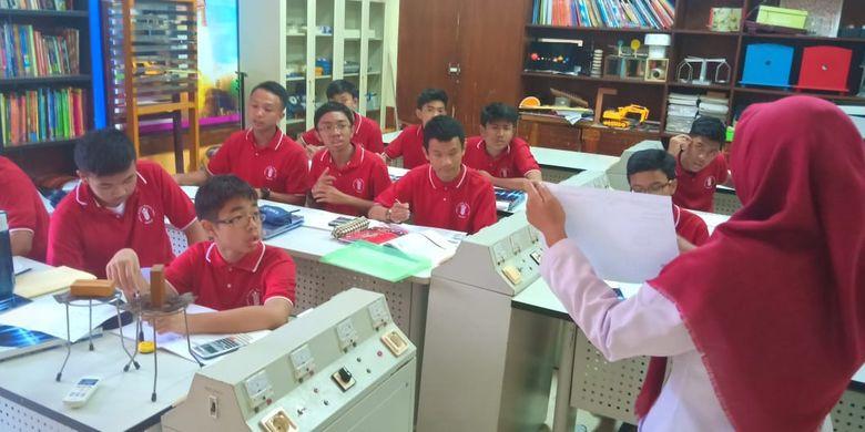 Ilustrasi Pribadi School Bandung