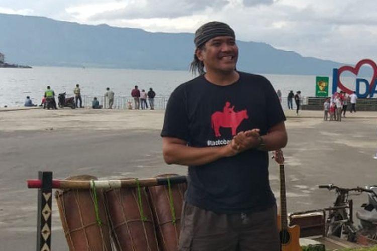 Togu Simomangkir pengagas rumah belajar (Supo) di Kabupaten Sumalungun, Sumatera Utara, Senin(18/11/2018).