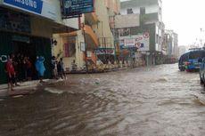 Jatuh dalam Selokan, Seorang Kakek di Ambon Nyaris Terseret Banjir