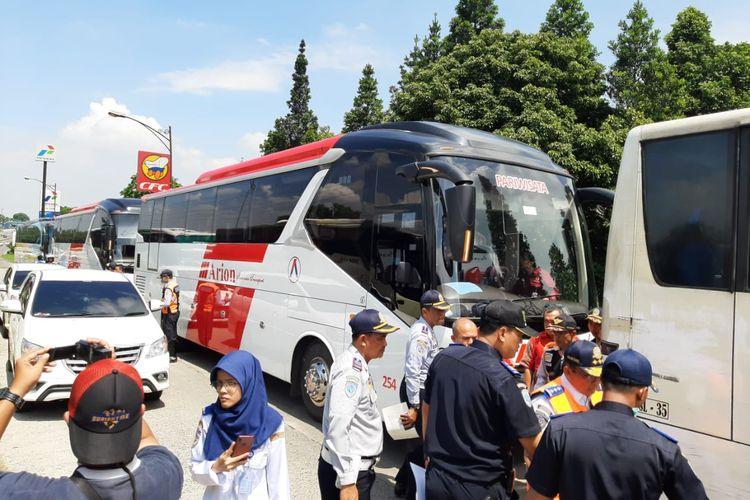 Pengecekan bus jelang nataru