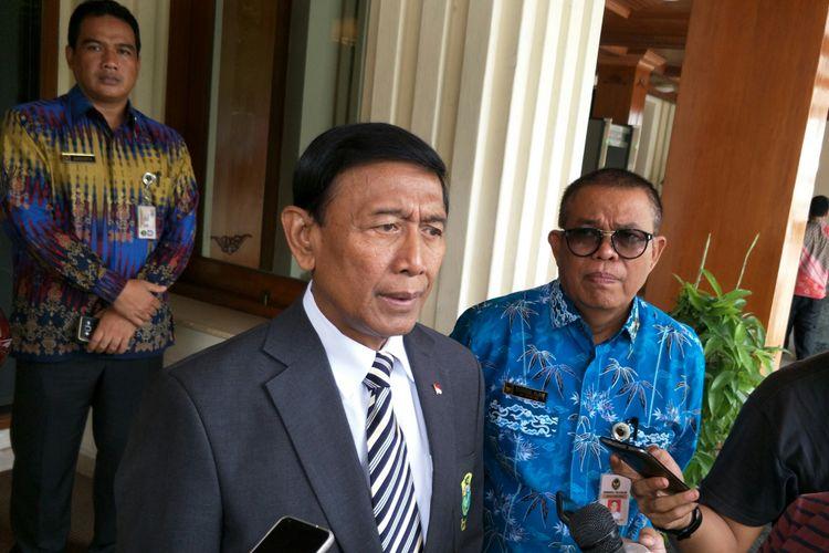 Menteri Koordinator Bidang Politik, Hukum dan Keamanan (Menko Polhukam) Wiranto