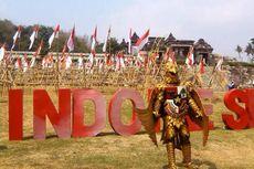 Ratusan Bendera Merah Putih Dikibarkan di Halaman Istana Ratu Boko