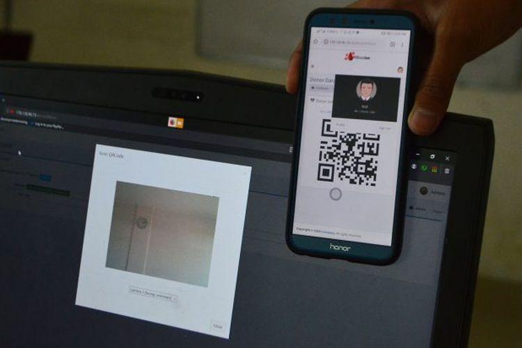 Aplikasi bernama ?Bloodee? yang diciptakan oleh sekelompok mahasiswa Institut Teknologi Telkom (ITT) Purwokerto.