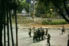 Pukul 19.50 WIB, Dua Orang Diduga Perusuh Diamankan di Pejompongan