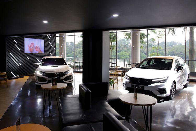 Honda  Dreams Café