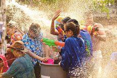 Merasakan Sensasi Perang Air dalam Festival Songkran di Bangkok