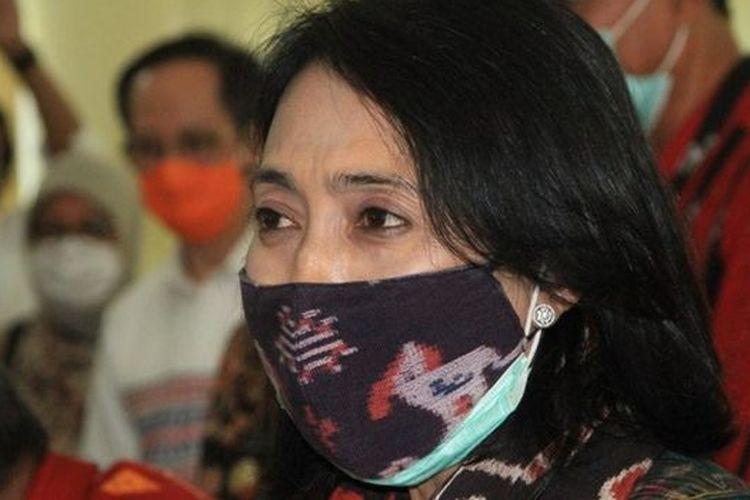 Menteri Pemberdayaan Perempuan dan Perlindungan Anak (PPPA), Bintang Puspayoga, mengunjungi Waingapu, Sumba awal Juli untuk membahas permasalah kawin tangkap.