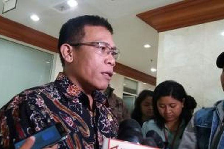 Anggota Komisi III DPR RI Masinton Pasaribu saat ditrmui di Kompleks Parlemen, Selasa (6/10/2015)