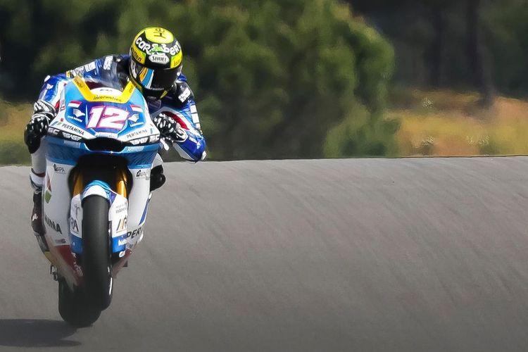 Thomas Luthi saat sesi latihan bebas di Moto2 Portugal 2021