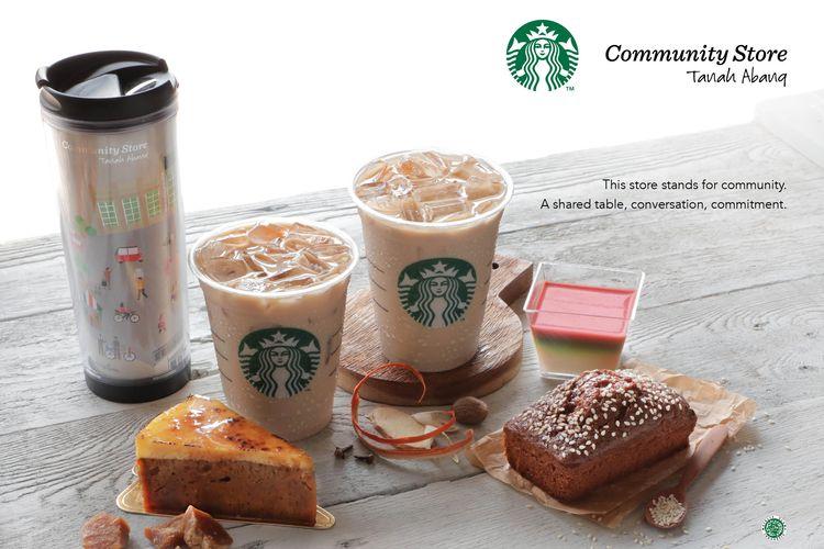 Menu dan merchandise baru Starbucks Indonesia untuk pembukaan gerai Starbucks Community Store di Tanah Abang, Jakarta Pusat.