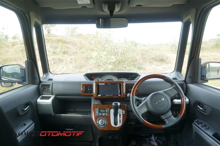 Menilik interior Daihatsu Wake, Kei Car asal Jepang