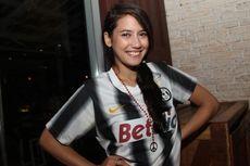 Pevita Pearce Pilih Prabowo, Berharap ke Jokowi
